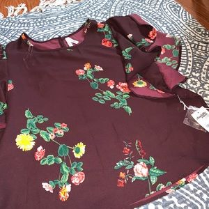 Charlotte Russe Tops - New Ruffled floral blouse